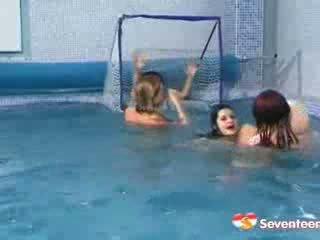 heet lesbisch neuken, een dildo actie, kwaliteit zwembad