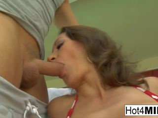 Pretty Brunette MILF gets a Poolside Fuck: Free HD Porn fc