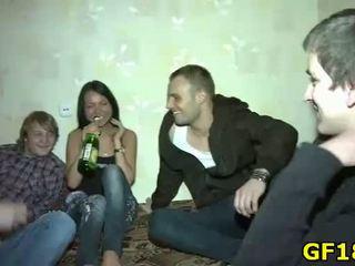 orale seks actie, meest sucking cock scène, groepsseks gepost