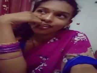 Cute Girl in Saree Doing Sefles Mp4, Free Porn 5f