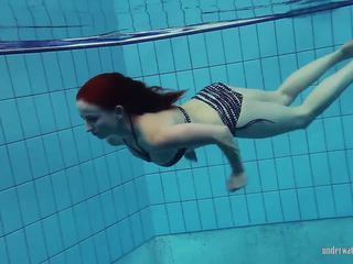 Redheaded katrin is stripping onderwater, porno 66