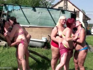 echt lesbiennes thumbnail, mooi grannies gepost, mooi matures video-