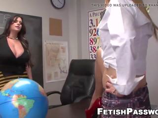 Lehrer Fick Student Badezimmer