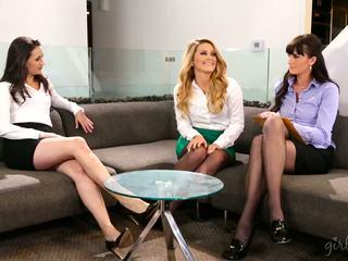 žiūrėti lesbiečių pamatyti, pilnas pupytės labiausiai, pamatyti tryse nemokamai