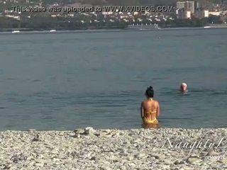 full beach, ideal flashing great, boobs any
