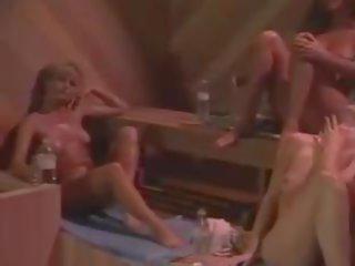 plezier groepsseks porno, online lesbiennes film, kont likken kanaal