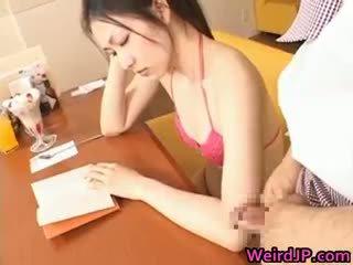 เอเชีย เด็กนักเรียนหญิง วัยรุ่น ผู้หญิงสวย gets หน้า part3