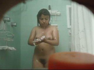desnuda голям