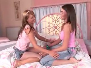 mooi meisje, slaapkamer tube, kwaliteit lesbisch