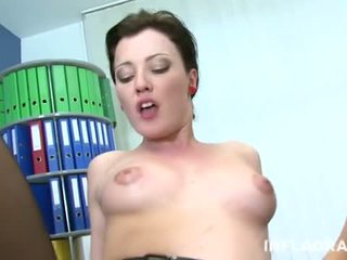 INFLAGRANTI German Lesbians in the Office