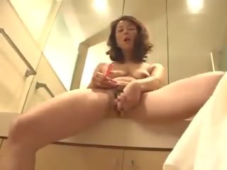 matures, milfs, masturbation