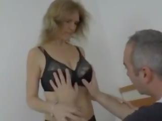 gratis grannies scène, plezier saggy tits