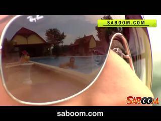 Roxy taggart gets হার্ডকোর উপর ঐ poolside এ saboom