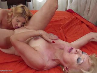 Grannies Learn Lesbian Sex from Teens, HD Porn 35