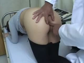 Chinese Doctor And Chinese Asshole