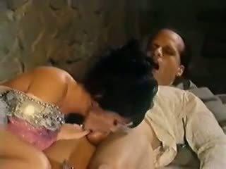 团体性交, 葡萄收获期, 高清色情, 意大利人