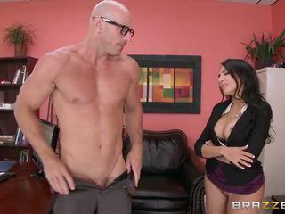 Lela Star Is A Big Booty Slut Who Likes To Make The