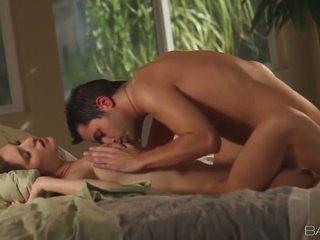 patikrinti briunetė, labiausiai hardcore sex gražus, oralinis seksas