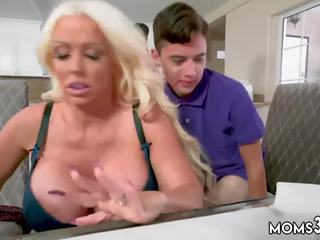 een cumshot, romantisch film, blond vid