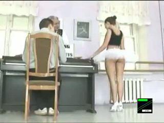 Funny Ballet Dancer Upskirt Prank