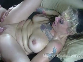 meer tattoos porno, groot rimmen thumbnail, alle pijpbeurt gepost