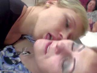 Lesbisch Gesicht Fick Domination