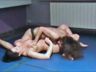 sie catfight, spaß wrestling