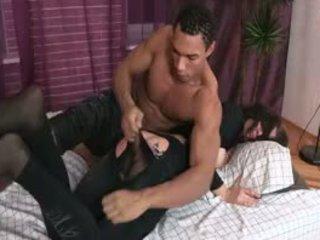 Nglarani Silit porno
