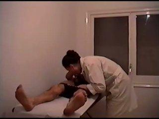 groot brunette video-, mooi orale seks scène, kaukasisch thumbnail
