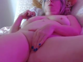 Grandma in Cam: Free Free Grandma Porn Video 17