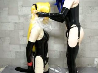 Kigurumi bdsm breathplay