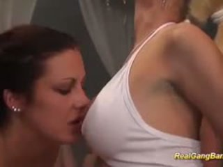 vers groepsseks seks, groot swingers film, heet pijpbeurt scène