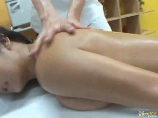Oiled asian Satomi Suzuki likes group public sex