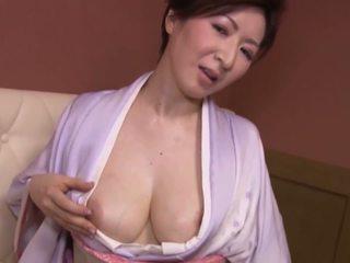 japonec, velká prsa, matures