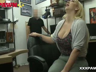 grote tieten klem, natuurlijk, zien cumshot porno
