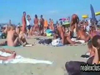 brunette, échangistes, plage