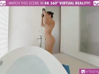 VRBangers.com Outrages Step mom Syren De Mer eating Abella Danger's pussy