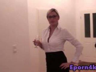 lesbietė, masturbacija, moteriški apatiniai drabužiai, kojinės