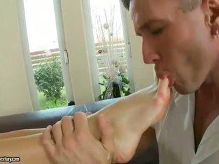 Aletta ocean enjoying heiß fuß fetisch sex