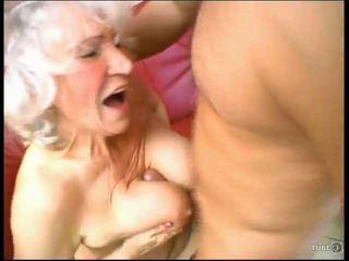 Vecmāte loves dzimumloceklis