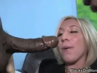 Blonde gets double banged by blacks