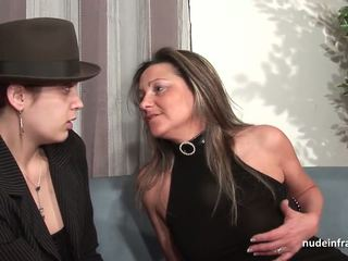 FFM Amateur squirting mom hard analized