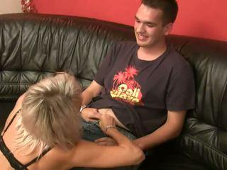 een orale seks actie, plezier milf blowjob actie, heet milf hot porn kanaal