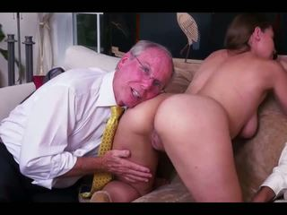 Pekný dievča starý men fucked, zadarmo dievča fucked porno video b3