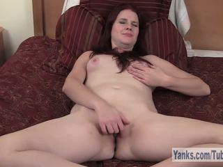 Sexy Redhead Sophia Masturbating Her Twat