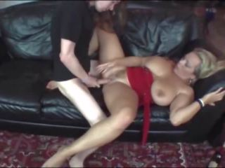 Busty MILF: Mature & Big Boobs Porn Video be