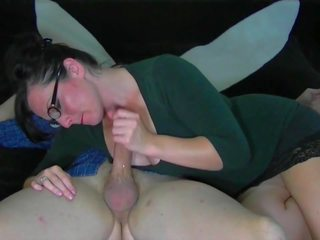 Sexy MILF Gives an Awesome Handjob, Free Porn ed