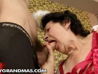 orice bunicuță uita-te, mamele și boys toate, uita-te granny fucking cele mai multe