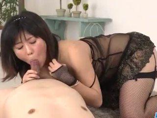 Kyoka Mizusawa blows like an angel before fucking