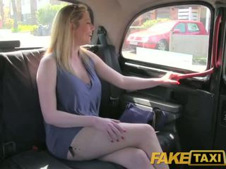 Faketaxi flört brutal dönüşüm olduğunu mutlu için sikme the london taxi driver